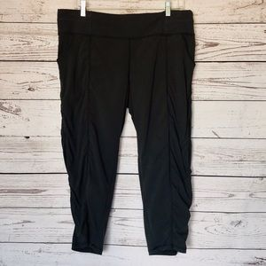 Lucy gray Capri leggings size large